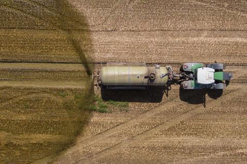 Mest op landbouwgrond